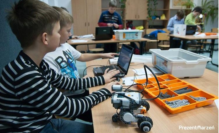 imt24-trendy-rozrywka-warsztaty_robotyki_dla_dzieci