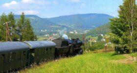 Pociąg retro na trasie Nowy Sącz - Chabówka